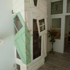 Foto 3 de 5 de la galería recicladecoracion-muebles-reconstruidos-de-chris-ruhe en Decoesfera