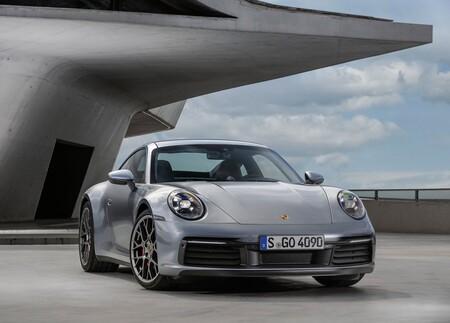 El Porsche 911 podrá volverse híbrido en poco tiempo, pero totalmente eléctrico no, al menos en el corto plazo