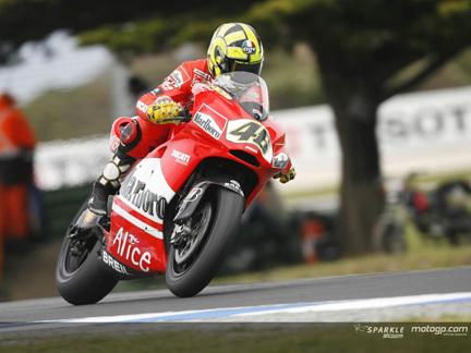 ¿Está Valentino Rossi pensando en irse a Ducati?