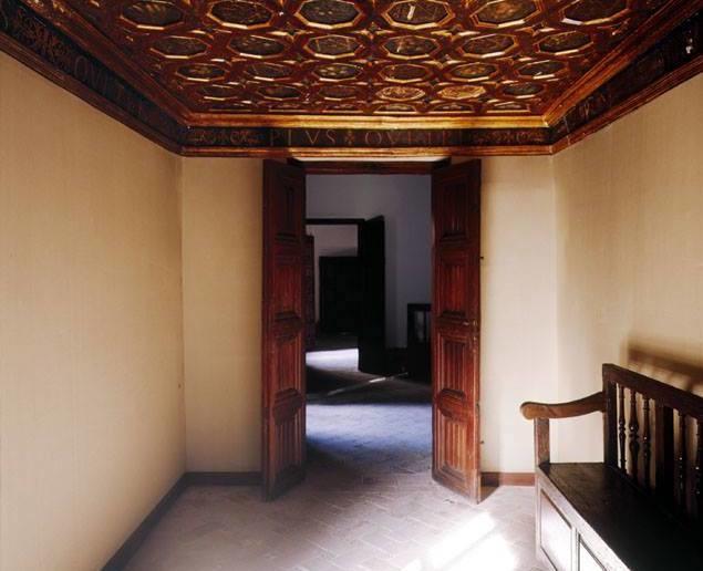 Habitaciones Del Emperador Alhambra Jpg