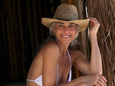 Yasmina Rossi, una modelo impresionante a los 59 años: así lo consigue... o no