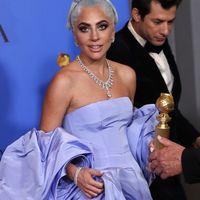 El collar de Lady Gaga de 5 millones de dólares y otras joyas de los Globos de Oro 2019 que merecen un capítulo aparte
