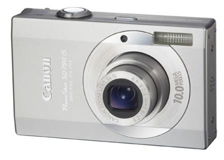 Canon SD790