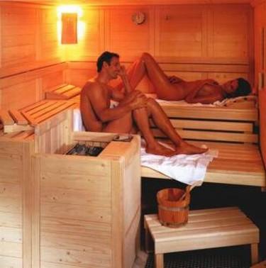 A 90º C: los beneficios de sudar en una sauna