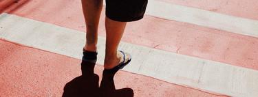 Pasos de peatones ilegales y con pintura deslizante: España está llena de trampas para las motos y bicis