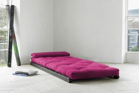 Figo Futon Chaise Lounge, un dos en uno muy práctico para las siestas de verano
