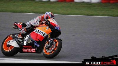 MotoGP Silverstone 2011: Stoner sigue mandando