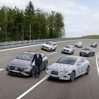 Mercedes-Benz se alía con Stellantis para asegurarse el suministro de baterías y formar un frente común contra Asia
