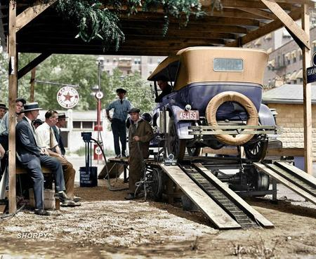 A Washington, D C Filling Station In 1924