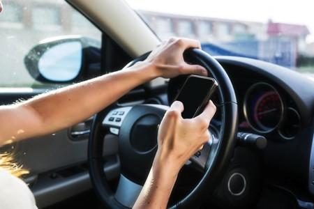 Esta app mexicana te recompensará con litros de gasolina si no usas el celular mientras conduces