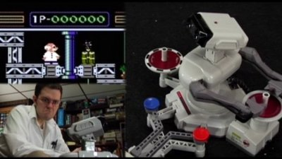 R.O.B. the Robot y el delirante vídeo de Angry Video Game Nerd