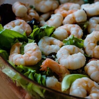Ensalada de camarón. Receta fácil de la cocina mexicana