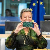 La Comisión Europea lanza una investigación sobre el Internet de las Cosas que afecta de lleno a Siri, Alexa y otros