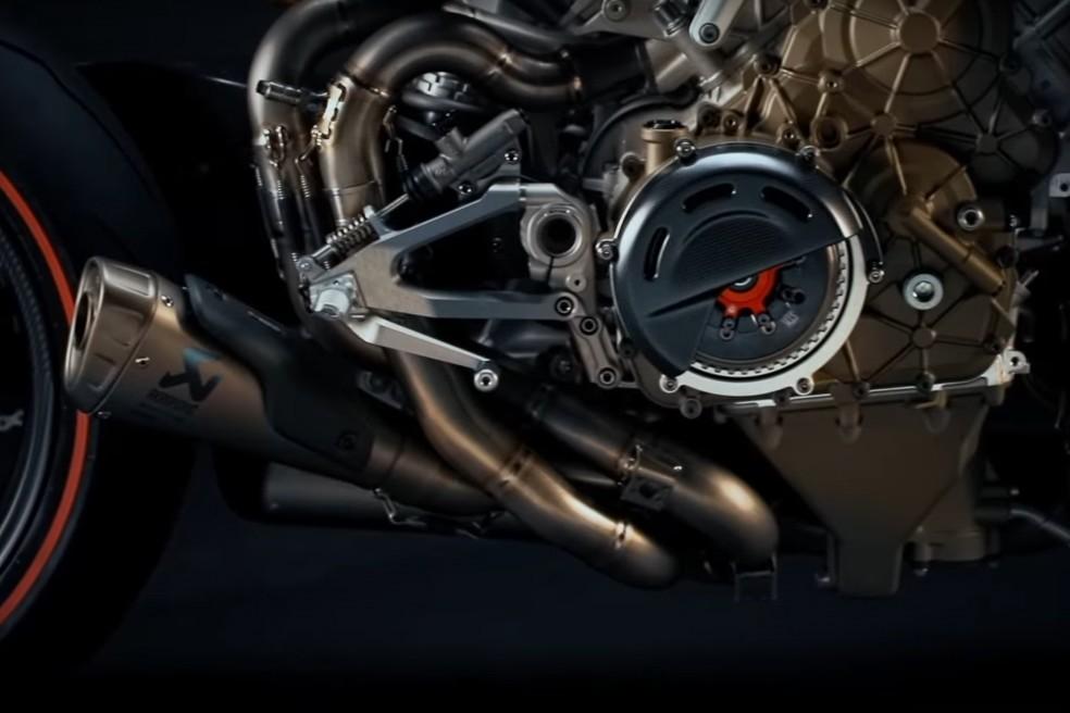 La bestial Ducati Panigale V4 Superleggera se desnuda en un segundo teaser para mostrar sus encantos ocultos