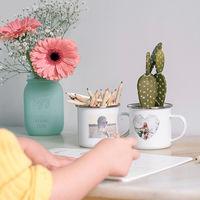 Una adorable taza retro, la nueva apuesta de Hofmann para incorporar fotografías a la decoración