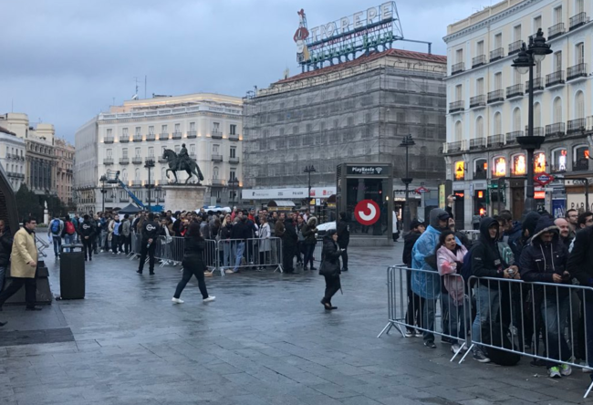 Cola Iphone X Madrid