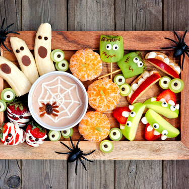 Cómo decorar fruta para un Halloween divertido, pero saludable