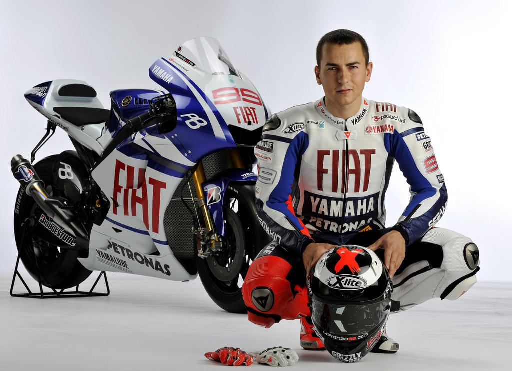 Foto de Presentación del equipo Fiat Yamaha 2010 (11/12)