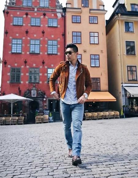 La Chaqueta En Suede Se Corona Como La Pieza Clave Del Mejor Street Style De La Semana 05