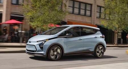El riesgo de incendio del Chevy Bolt y la llamada a revisión de todas las unidades fabricadas enfrenta a General Motors con LG