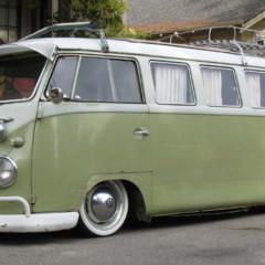 volkswagen-bus-lowrider