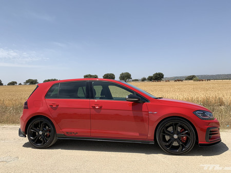 Volkswagen Golf GTI TCR lateral