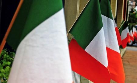 La UE alarga su investigación sobre los impuestos que Irlanda cobra a Apple