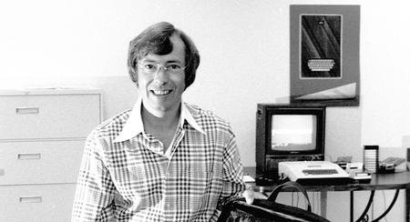 Mike Markkula, el inversor que le dio una oportunidad a Jobs y acabó digiriendo Apple de 1981 a 1983
