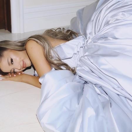 La reina del baile (Ariana Grande) no fue a los Premios Grammy pero sí lució su vestido