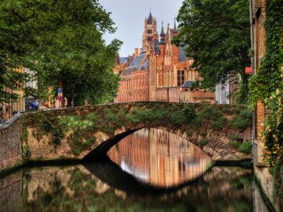 El primer fin de semana de febrero se celebra el Festival de la Cerveza en Brujas
