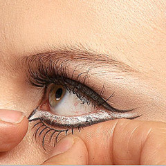 Foto 3 de 8 de la galería maquillaje-para-halloween-gatita en Trendencias