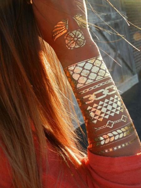 Añade un toque Indie folk a tus tatuajes temporales con ShimmerTatts