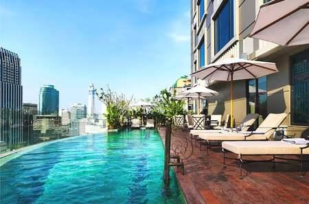 hotel-muse-piscina.jpg