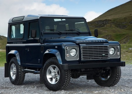 Land Rover Defender 2013 1024 02