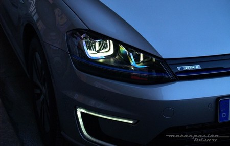 Volkswagen e-Golf faros delanteros Full LED