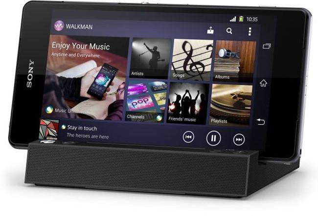 Sony BSC10 Bluetooth Speaker, altavoces en la base de carga