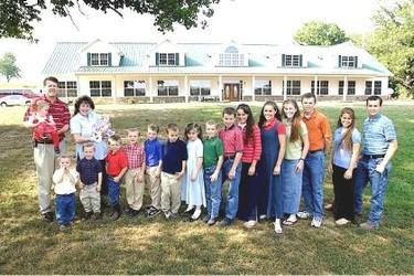 Una familia con 17 hijos ¿cómo se organizan?