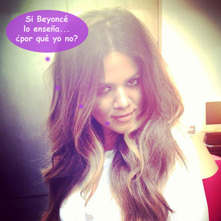 ¿Qué hace Khloé Kardashian si se le ve el refajo? ¡Pues tomárselo a cachondeo!