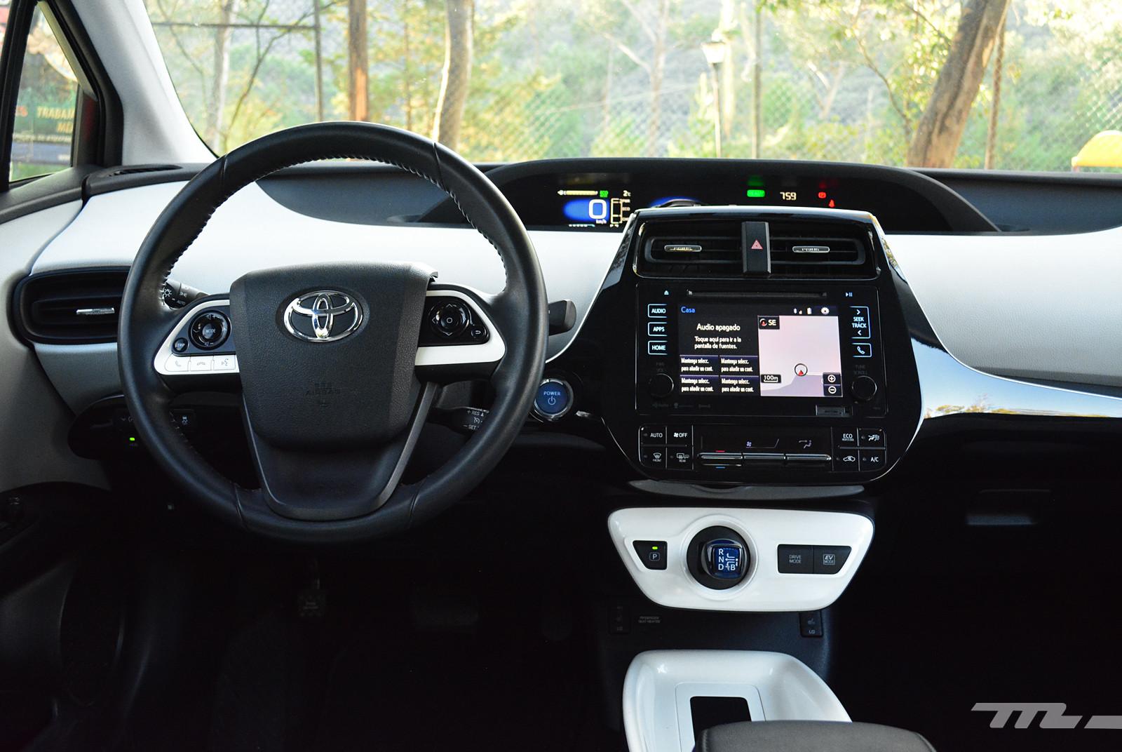 Foto de Hyundai Ioniq vs. Toyota Prius (11/22)
