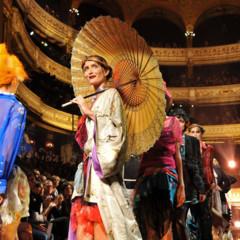 Foto 16 de 16 de la galería john-galliano-primavera-verano-2011-en-la-semana-de-la-moda-de-paris en Trendencias