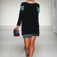 Foto 28 de 43 de la galería moschino-primavera-verano-2012 en Trendencias