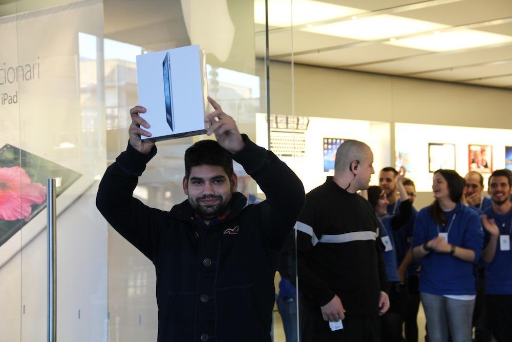 Foto de Lanzamiento del iPad de tercera generación en Barcelona (9/10)