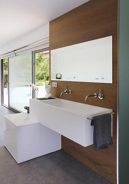Baño Vestidor Minimalista:En Ciudadano 0'0 nos traen Opendesk , muebles que puedes hacer tu
