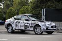Captan en Italia Maserati Levante en fase de pruebas