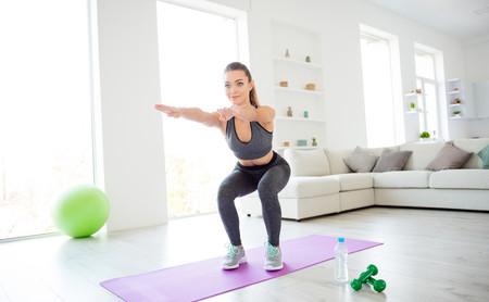 Cómo integrar cuatro snacks de ejercicio en tu día a día, aunque seas una persona sedentaria
