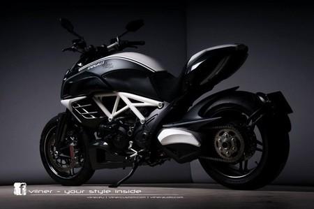 Ducati Diavel AMG por Vilner