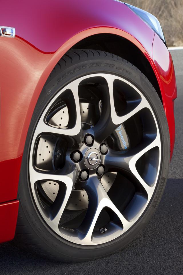 Foto de Opel Insignia OPC 2014 (19/40)