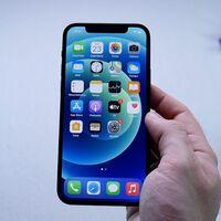Esta ofertaza del iPhone 12 es la excusa perfecta para pasarte a iOS ahora que algunas apps se cierran solas en Android: 174 euros menos
