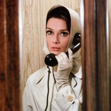 Los 23 looks más icónicos de Audrey Hepburn en sus inolvidables películas