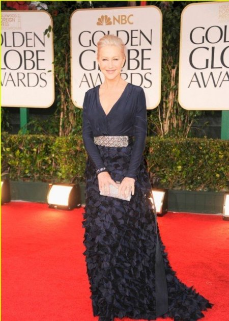 helen-mirren-2012-golden-globes-red-carpet-021.jpg